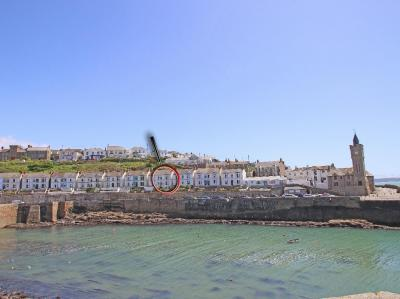 Haven, Porthleven