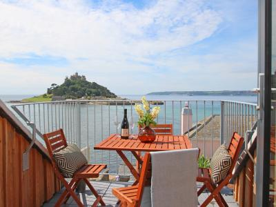 Star House, Marazion