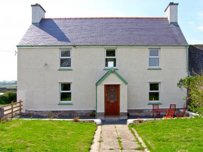 The Farmhouse, Newborough