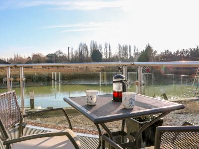 17 The Boathouse, Rye