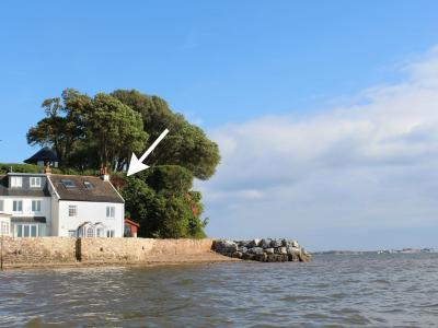 1 The Quay, Lympstone