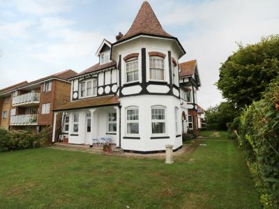 Flat 1, Cambridge Court, Frinton-on-Sea