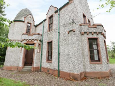 West Lodge, Kirriemuir