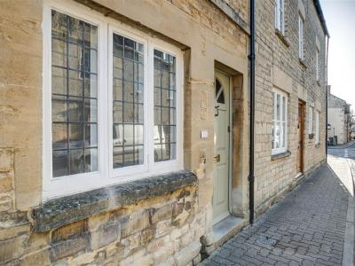 Aelia Cottage, Cirencester