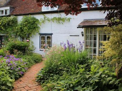 Beckford Cottage, Salisbury, Wiltshire