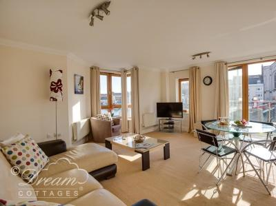 Harbourside Apartment, Brewers Quay Harbour, Dorset