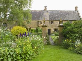 Lower Severalls Farmhouse, Crewkerne, Somerset