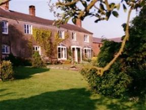 Hampton House Farm B&B, Malpas
