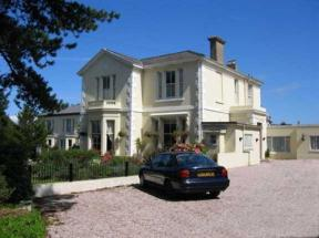 Court Prior Guest House, Torquay