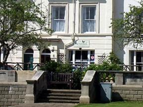 The Admiral Guest House Scarborough