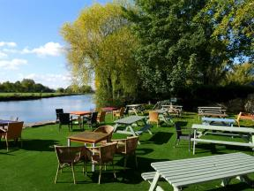 The Riverside, Lechlade