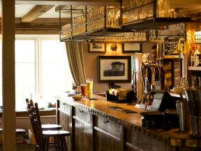 The Woolpack Country Inn, Totford, Hampshire