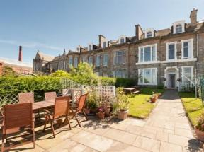 The Beachfront B&B, Edinburgh, Lothian