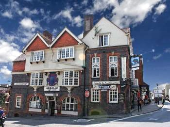 The Bear, Marlborough
