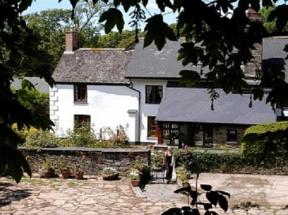 Burton Farmhouse, Hope Cove, Devon