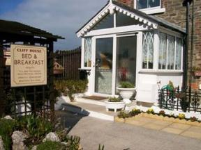 Cliff House B&B & The Moorings Apartments Newquay