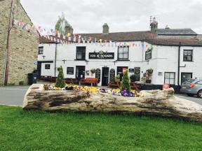 Fox & Hounds Inn West Burton