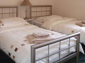 Bed and breakfast in exmouth devon breken guest house for Beds exmouth