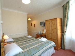 Historic small hotel in kirklinton cumbria graham arms hotel for Small historic hotels