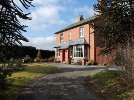 The Old Vicarage Dolfor, Newtown, Powys