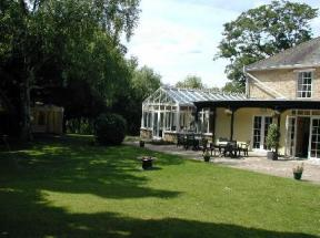 Millhouse Hotel Sharnbrook