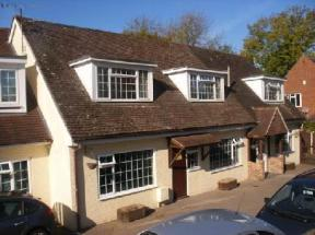 The Ambers Guest House Gatwick, Horley