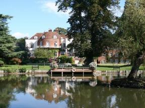 St Michaels Manor Albans