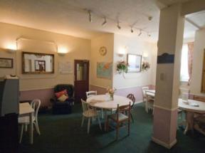 Oakwood Bed And Breakfast, West Drayton, London