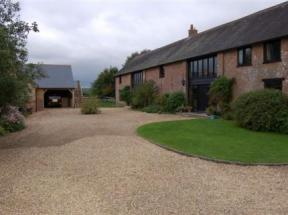 Hilltop Barn Bed Breakfast Blandford Forum