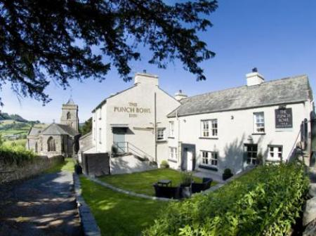 Historic small hotel in kendal cumbria the punch bowl for Small historic hotels
