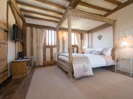 Valley Farmhouse Halesworth
