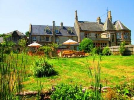 Weston Manor Bed & Breakfast, Totland