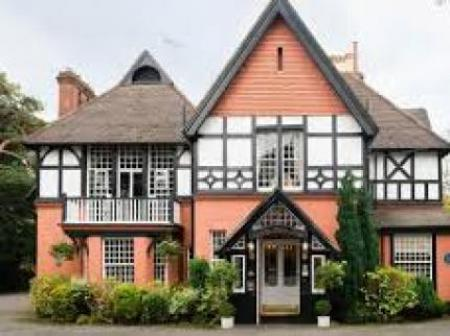 Historic small hotel in bournemouth dorset langtry manor for Small historic hotels