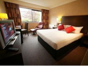 Ramada Livingston, Edinburgh
