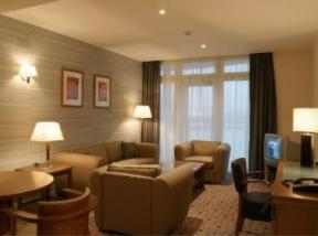 Ramada Hotel & Suites, London Docklands London