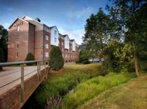 Best Western Reading Moat House Sindelsham