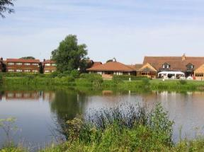 Kingfisher Hotel, Golf & Country Club, Wicken