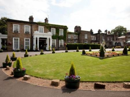 Historic hotel in chesterfield derbyshire ringwood hall Hotels in derbyshire with swimming pool