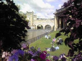 Laura's Townhouse Apartments Bath
