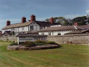 Donington Park Farmhouse Hotel Derby