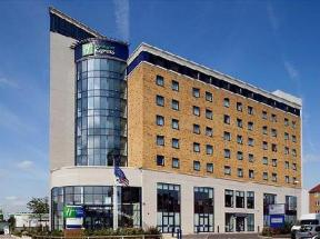 Express by Holiday Inn  London  Newbury Park London