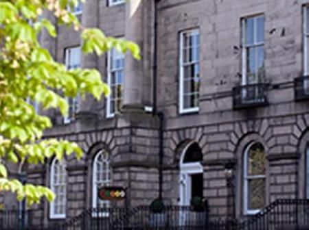 Historic town house hotel in edinburgh lothian 21212 for 3 royal terrace edinburgh eh7 5ab
