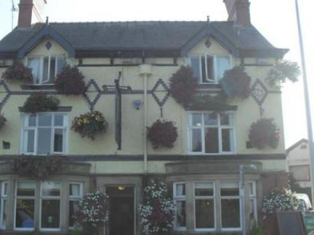 Historic small hotel in middlewich cheshire the golden for Small historic hotels