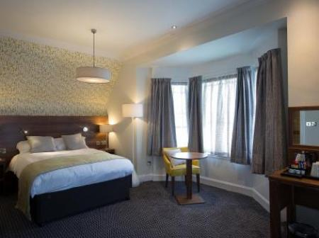 Historic small hotel in peebles borders the cross keys hotel for Small historic hotels