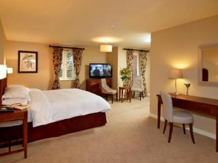 Historic small hotel in aston rowant buckinghamshire the for Small historic hotels