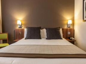 Hotel In Altrincham Cheshire Best Western Cresta Court Hotel