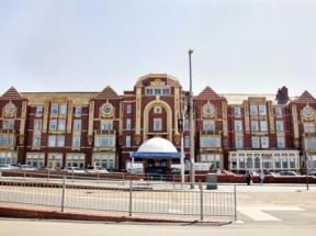 Hotel In Blackpool Lancashire The Cliffs Hotel Choice Hotels