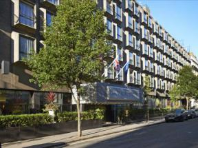 Hotel in bayswater london central park hotel for 49 queensborough terrace bayswater
