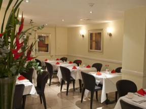Hotel in bayswater london best western shaftesbury for 27 devonshire terrace paddington london w2 3dp england