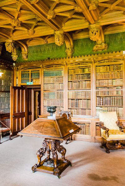 Abbotsford House photo, The Library